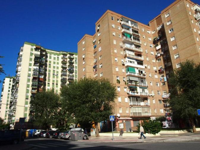 Venta piso en puerta blanca m laga capital inmobiliaria for Pisos en huelin malaga