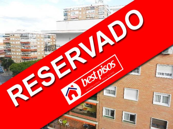 Venta piso en la paz malaga de 85 m2 con 3 dormitorios orientaci n sur inmobiliaria bestpisos - Pisos de bancos en la costa ...